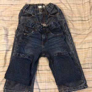 Boys jeans size 3T 💙